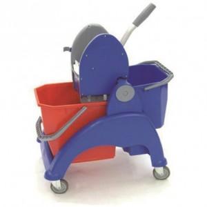 CARRO SKY COMPACT, Estructura de plástico reforzado, 1 cubo de 25 litros, 1 cubo de 12 litros, prensa de plástico, ruedas de 80 mm. Dimensiones: 61x46x88 cm