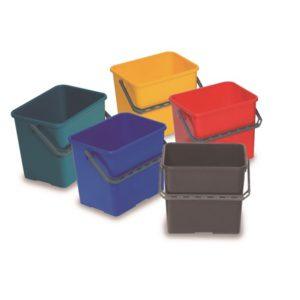 CUBO PLÁSTICO 6 LTS, Cubos de plástico de gran resistencia para uso en los carros. Disponible en varios colores